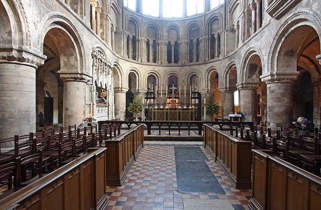 St_Bartholomew_the_Great,_West_Smithfield,_London_EC1_-_East_end_-_geograph.org.uk_-_1142514